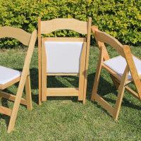 Vendo sillas de madera plegables para banquetes